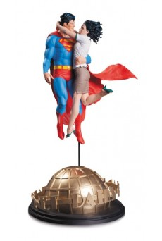 Estatua Superman & Lois Lane – DC Designer Series – DC Collectibles