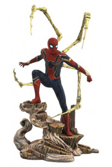 Figura Iron Spider-Man - Vengadores: Infinity War - Marvel Movie Gallery - Diamond Select Toys