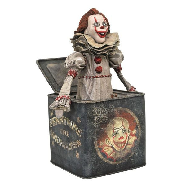 Diorama Pennywise - It Capítulo 2 - Gallery - Diamond Select Toys