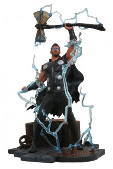 Figura Thor - Vengadores Infinity War - Marvel Gallery - Diamond Select Toys