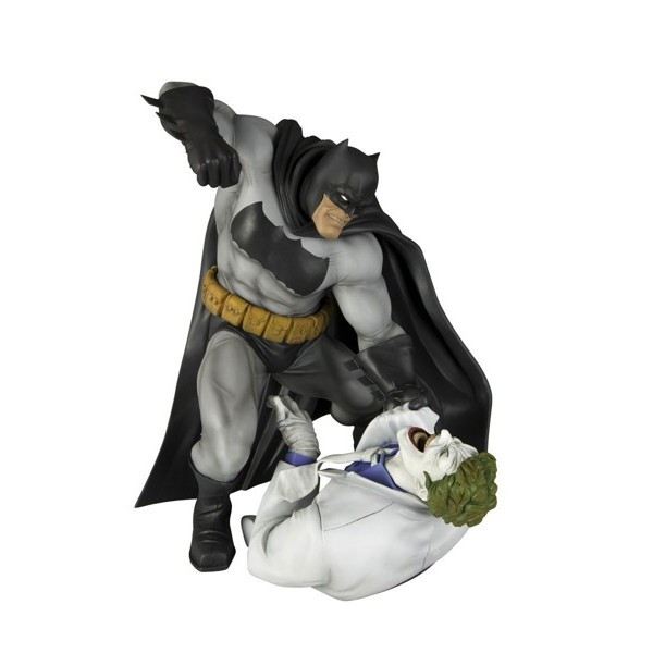 Estatua Batman – The Dark Knight Returns – ARTFX+ - Kotobukiya